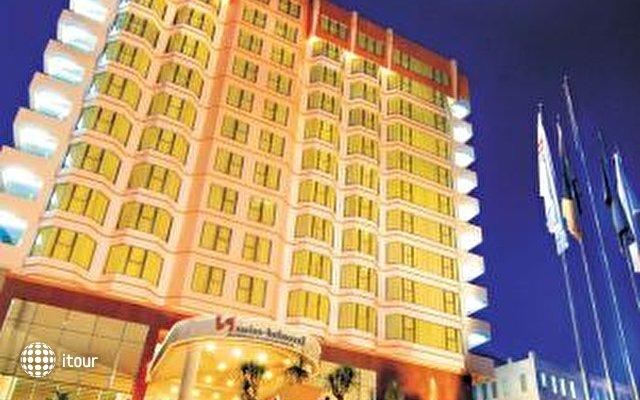 Swiss Belhotel Borneo Samarinda 9