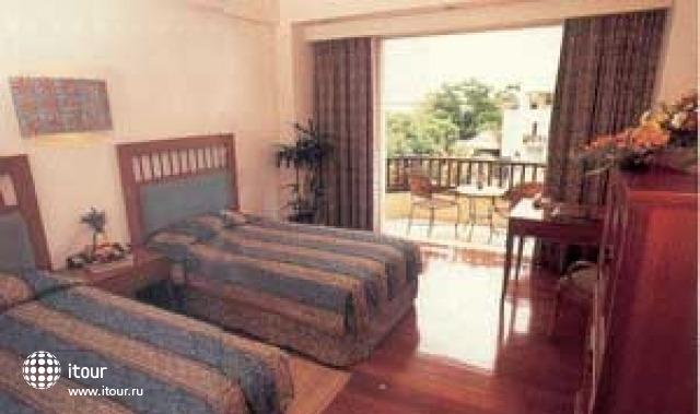 Kuta Paradiso Hotel Resort 4