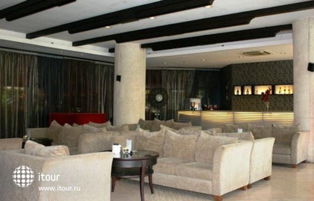 Kuta Paradiso Hotel Resort 5