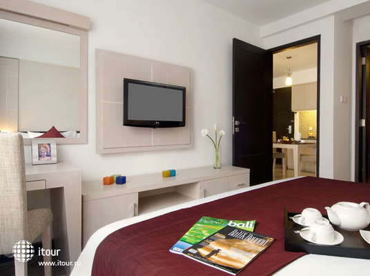 Kuta Paradiso Hotel Resort 10