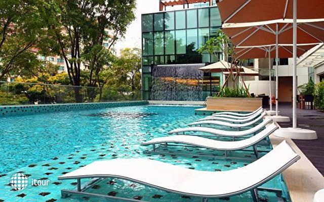 Park Regis Singapore 6