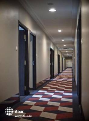 V Hotel Lavender 8