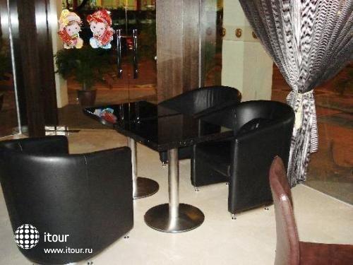 Aqueen Balestier Hotel 3