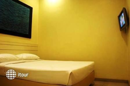 Hotel 81 Elegance 6
