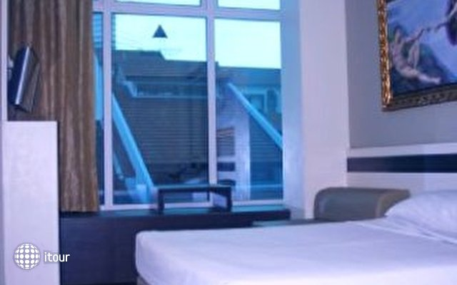 Hotel 81 Bugis 2