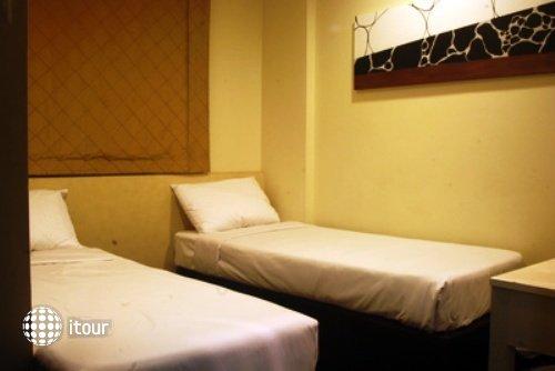 Hotel 81 Selegie 3