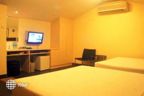 Hotel 81 Selegie 6