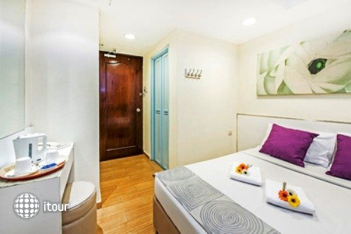 Hotel 81 Cosy 6