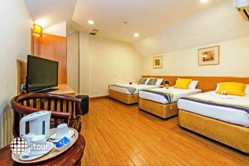 Hotel 81 Sakura 5