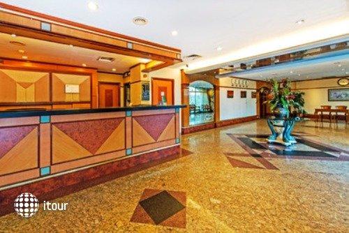 Hotel 81 Star 1