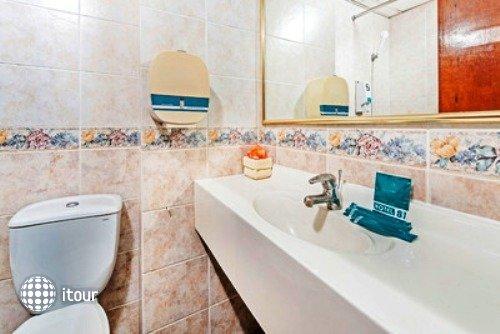 Hotel 81 Bencoolen 6