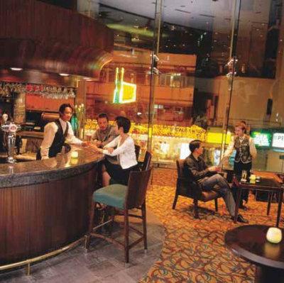 Novotel Century Hong Kong Hotel  4