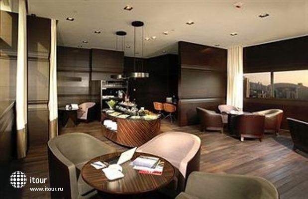 Empire Hotel Causeway Bay 7