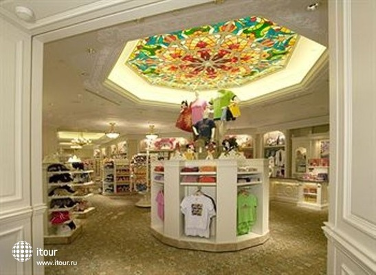 Hong Kong Disneyland 5