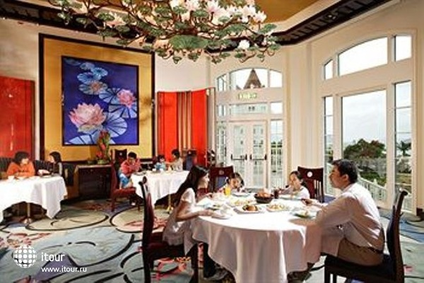 Hong Kong Disneyland 6