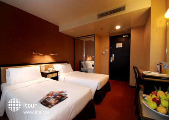 Ramada Hotel Kowloon 2