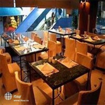 Ramada Hotel Kowloon 8