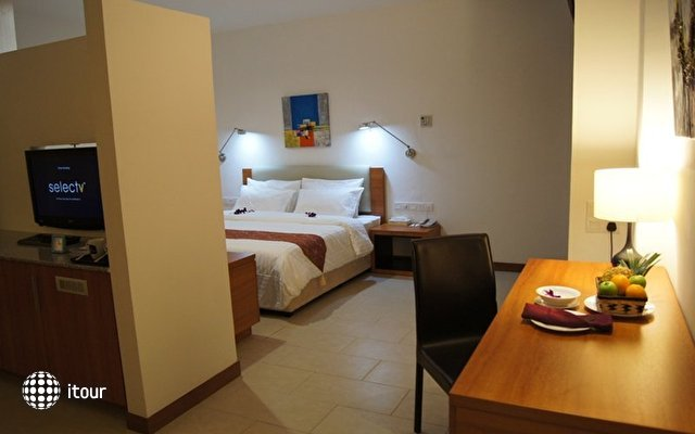 Best Western Sandakan Hotel & Residence 9