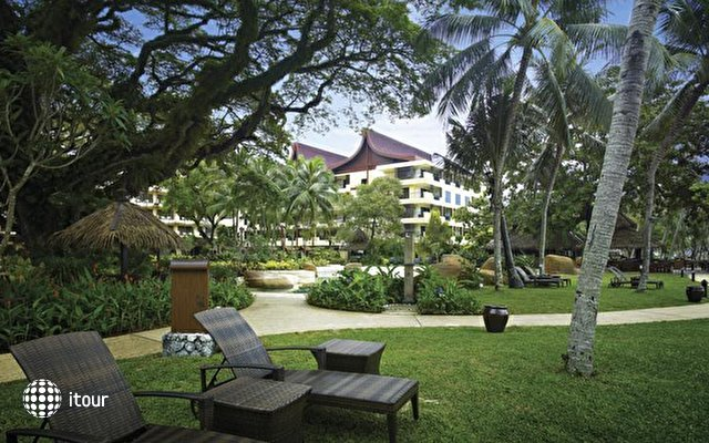 Shangri-la's Rasa Sayang Resort & Spa 6
