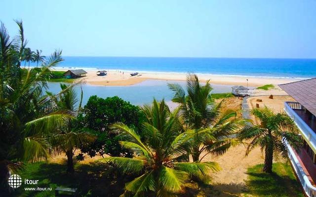 Cocoon Sea Resort 1