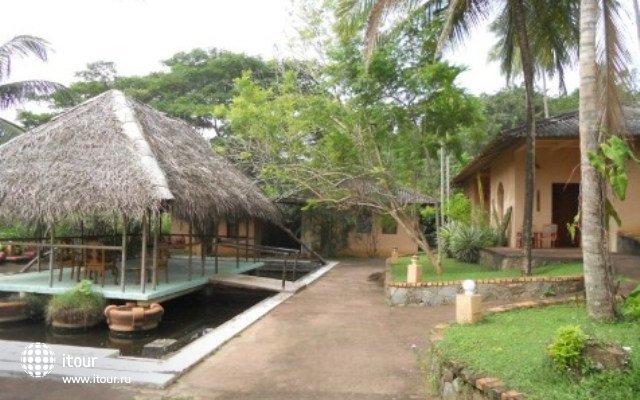 Eva Lanka Hotel 1