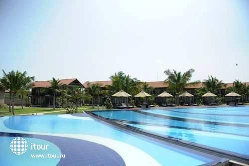 Uga Bay Hotel 4