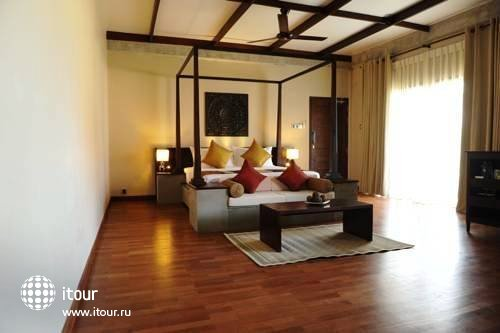 Uga Bay Hotel 3