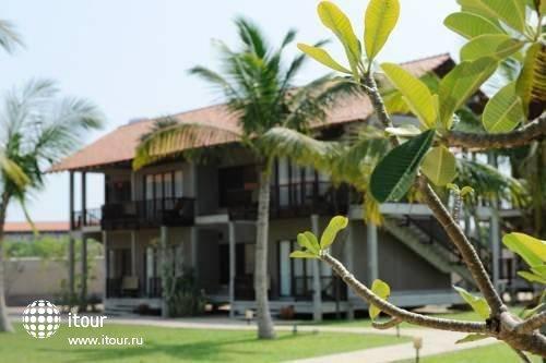 Uga Bay Hotel 8