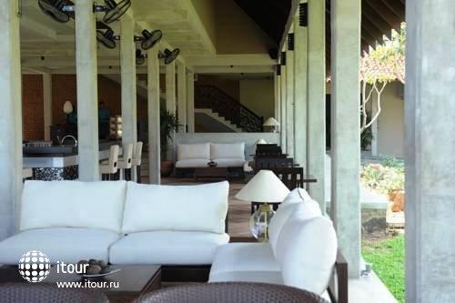 Uga Bay Hotel 9