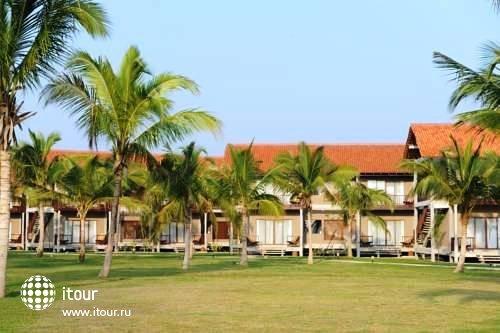 Uga Bay Hotel 1