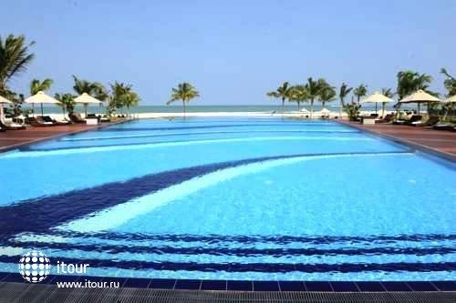 Uga Bay Hotel 2