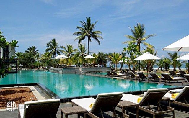 Centara Ceysands Resort & Spa 1