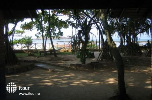 Barberyn Reef Ayurveda Resort 4