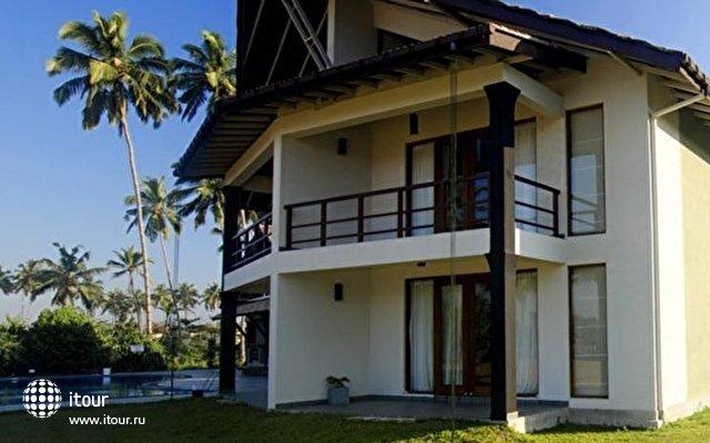 Kamili Beach Villa 1