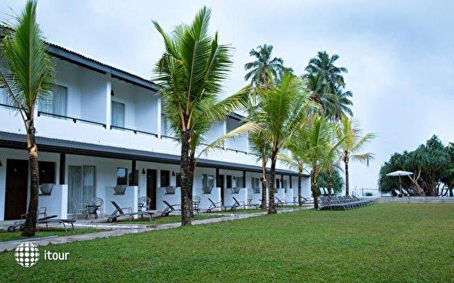 Coco Royal Beach Resort 6
