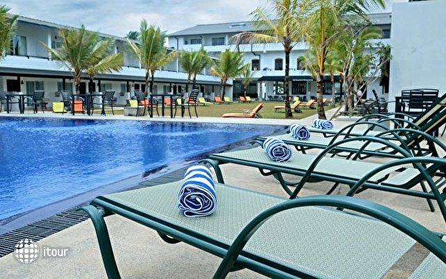 Coco Royal Beach Resort 4