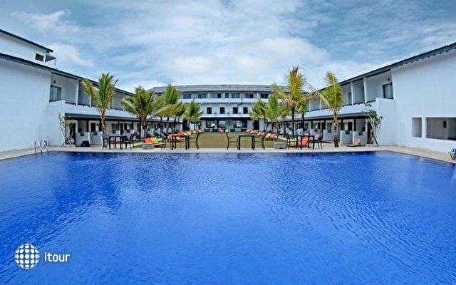 Coco Royal Beach Resort 1