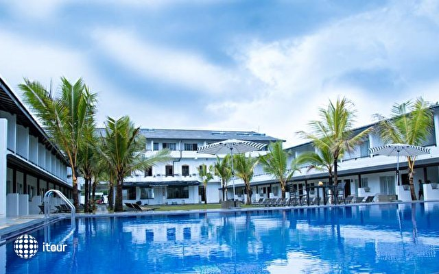 Coco Royal Beach Resort 2