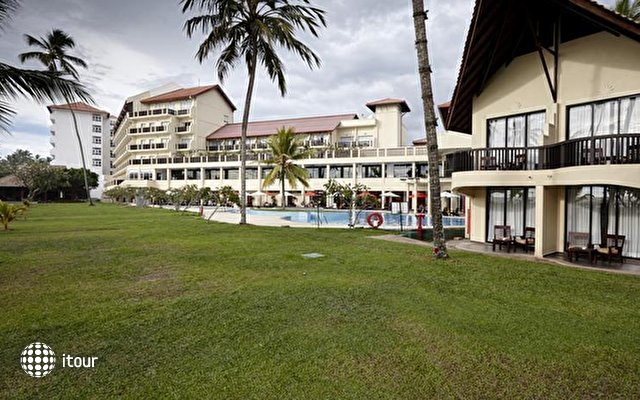 Turyaa Kalutara (ex. The Sands Hotel) 4