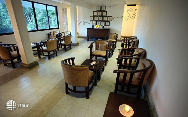 Thilanka Hotel 8