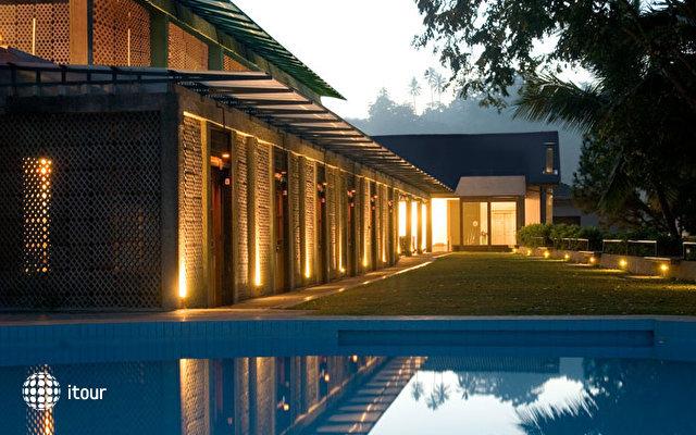 Thilanka Hotel 2