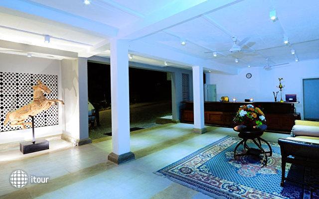 Thilanka Hotel 9