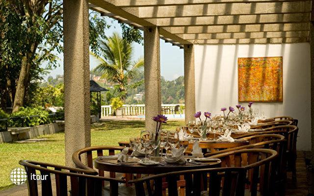 Thilanka Hotel 10