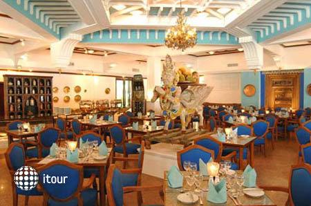 Palm Beach Resort 3