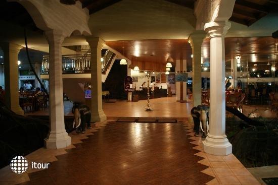 Sudu Araliya Hotel 2