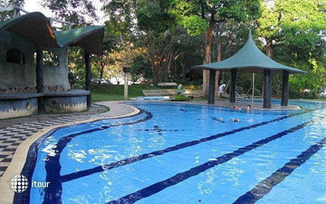 Sudu Araliya Hotel 1