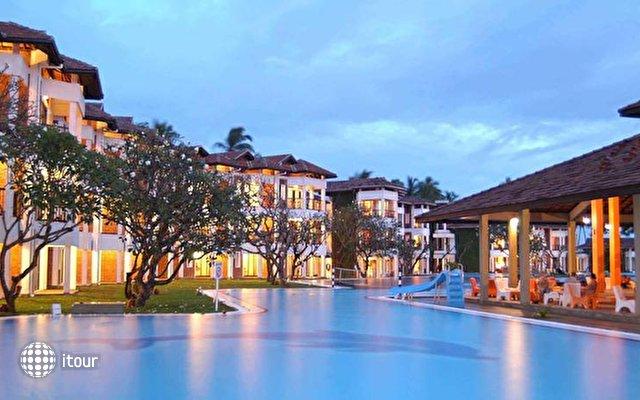 Club Hotel Dolphin 3
