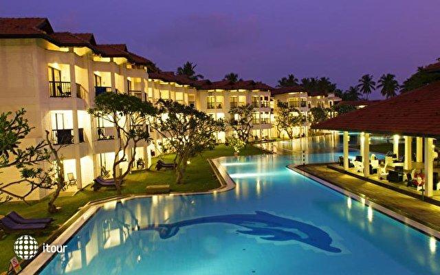 Club Hotel Dolphin 2
