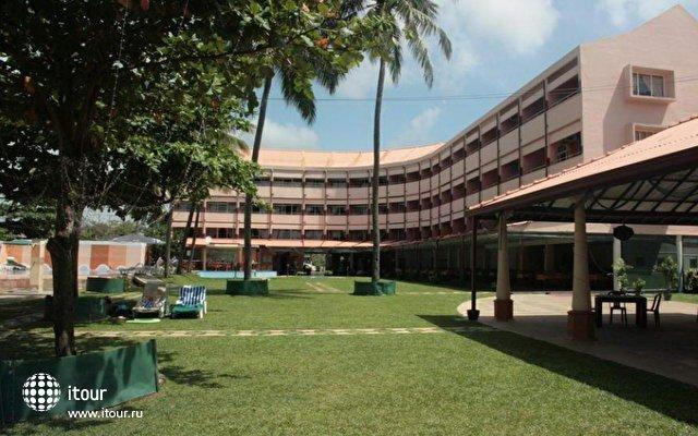 Paradise Beach Hotel 1