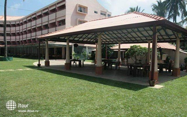 Paradise Beach Hotel 10